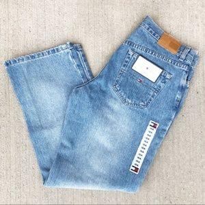 TOMMY HILFIGER l Vintage Light Wash Boyfriend jean